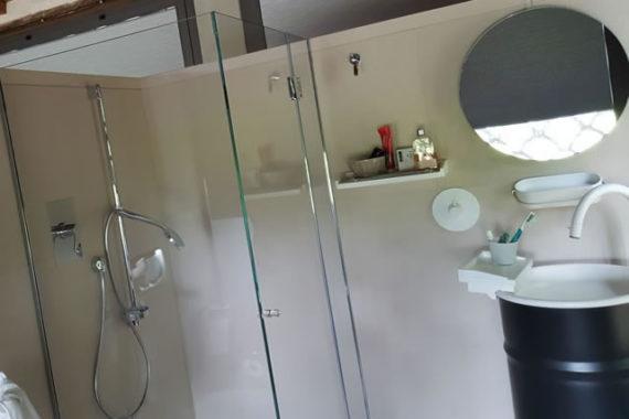 loft-ricavato-da-garage-bagno-doccia