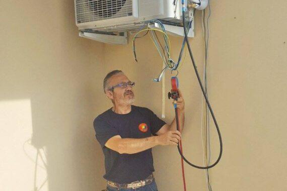 idraulica-golinelli-san-felice-sul-panaro-modena-installazione-climatizzatore-dual-controllo-remoto-002